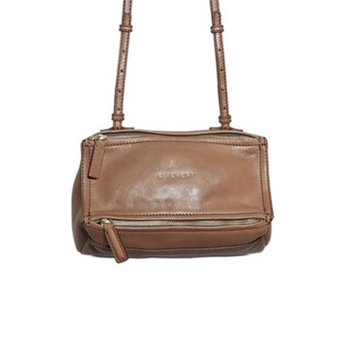 12.05.30-Bags-Bags-Bags-BlogPost_500(W)x500(H)px_03.jpg