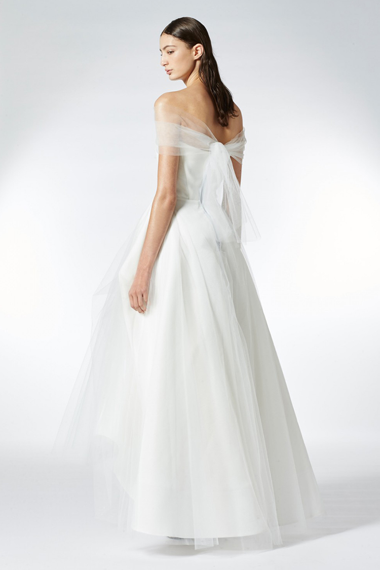 03.-BlogPost_MATICEVSKI-BRIDAL_Dream-Gown_750(W)x1125(H)px.jpg