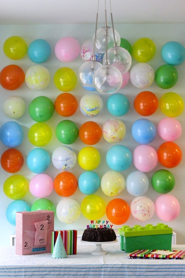balloon-wall