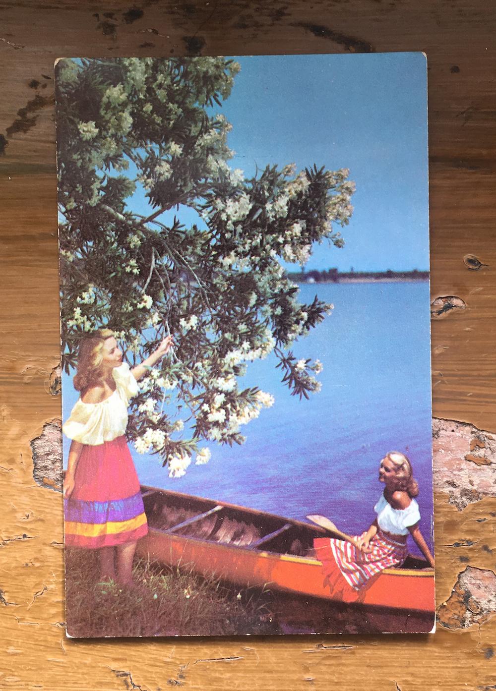 vintage-postcard-canoe