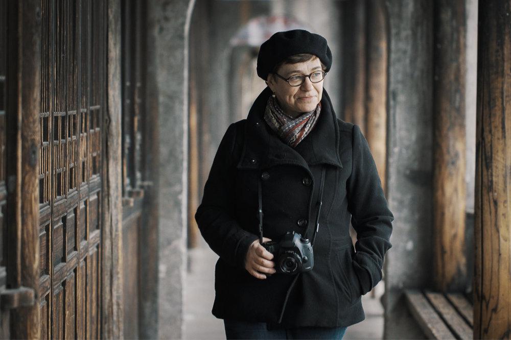 Cindy strolling through the walkways of Tangqi, Zheijiang province, CHINA