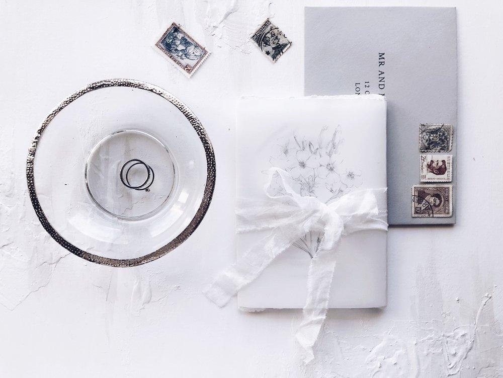 ethereal_handmade_paper_wedding_Invitations.JPG