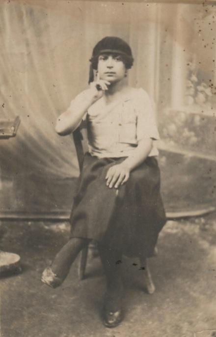Μια από της ηθοποιούς που συμμετείχαν στα μπουλούκια η Στέλλα 1924
