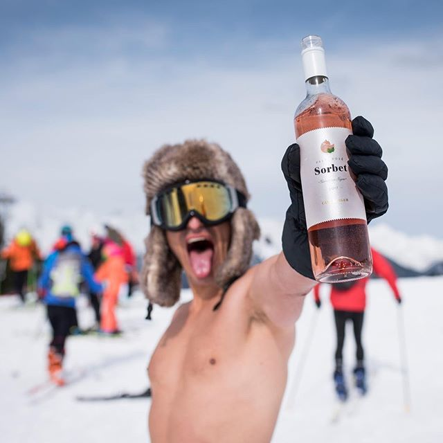 If the winter seems cold to you, open a bottle of rosé!🍷❄️🤟