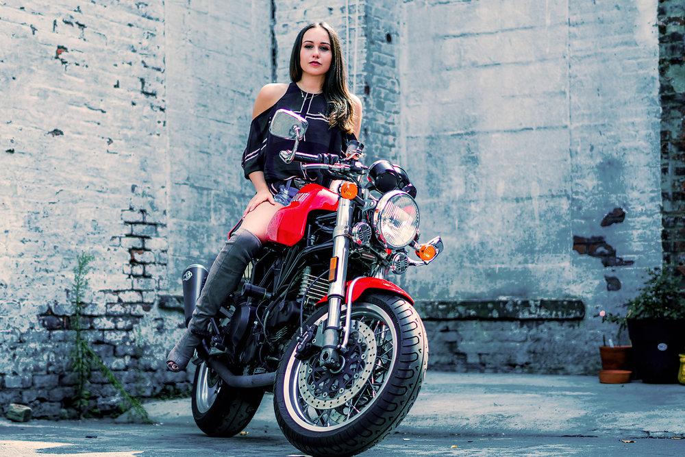 BikerFashionStayGoldy3.jpg