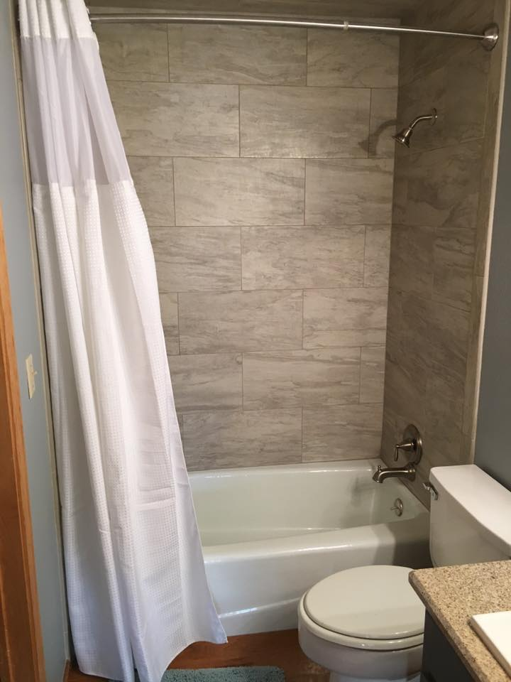1124 High Timber middle bath - AFTER.jpg