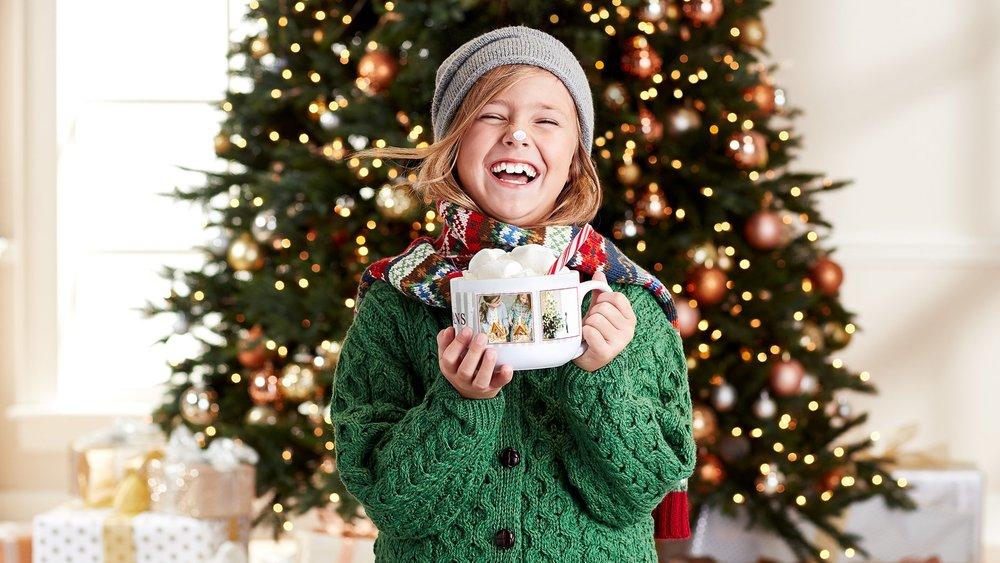 17_Q4_sfly_life_holiday_dm_gg_cover_alt_cafemug_alyssa_08.jpg