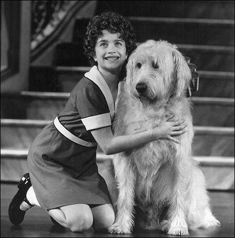 "Joanna Pacitti in ""Annie"", 1997"