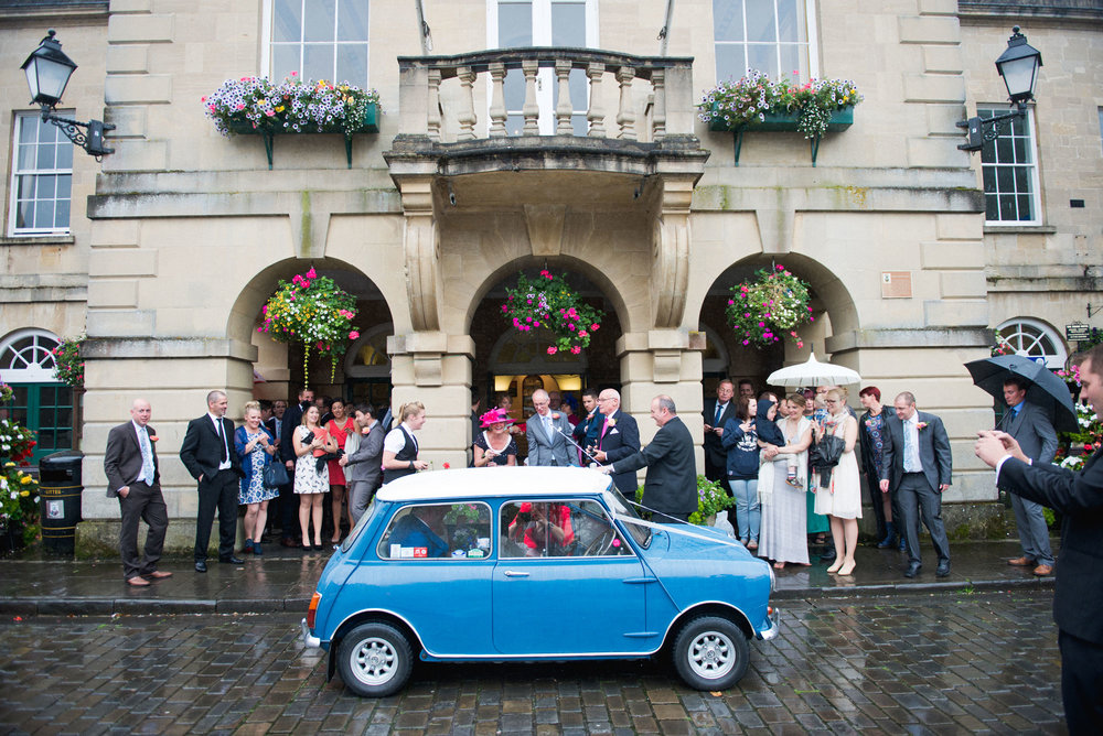 creative_colourful_wedding_photography_Bristol_UK©LauraPower015.jpg