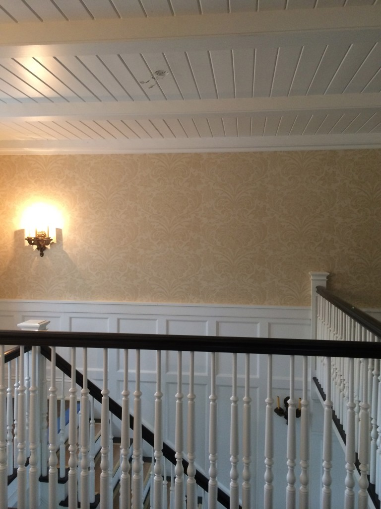 Stair wall-covering