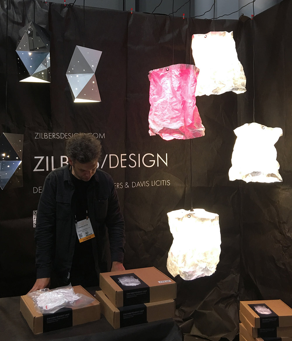 Unique sculptural lighting by STAR WRAP. A lighting kit comes flat and as you pull it out of the packaging, it becomes three-dimensional and takes unpredictable irregular shape.