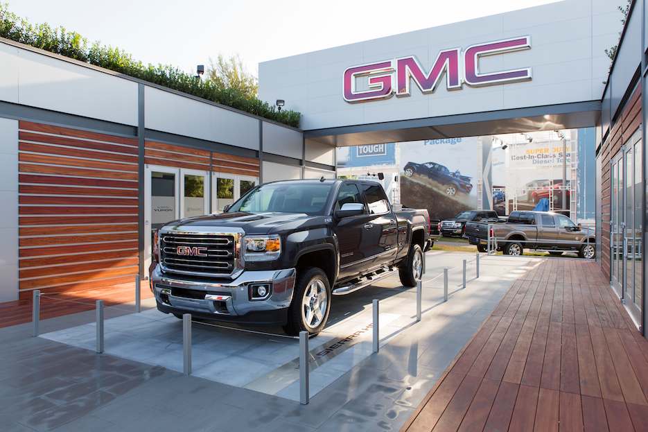GMC TSF Outdoor 93.jpg