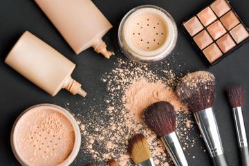 powder-liquid-makeup-1.jpg