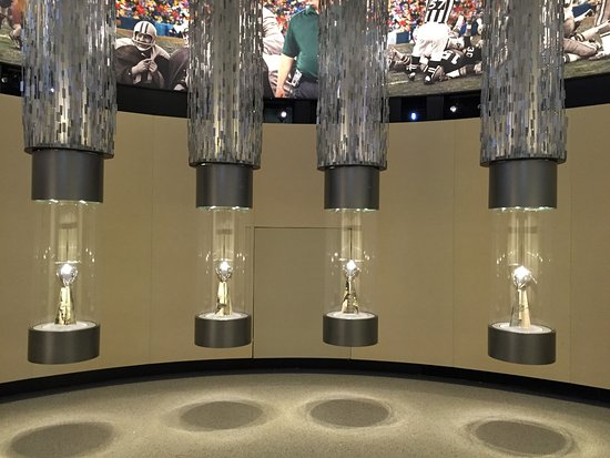 super-bowl-trophies.jpg