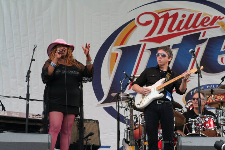Robbie Laws Bigger Blues Band w/ Mz. Dee