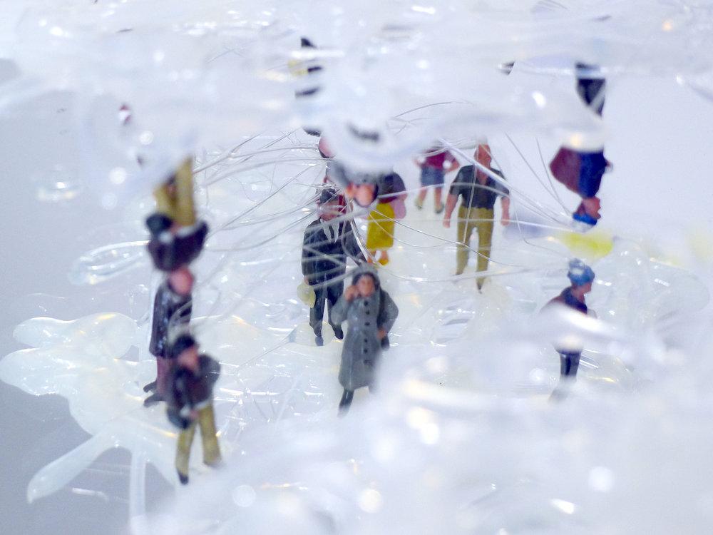 Hang Upside Down on A Cloud 2 (Detail) / 2012 / Hot bond stick, Plastic, Mirror / 30x30x5 cm