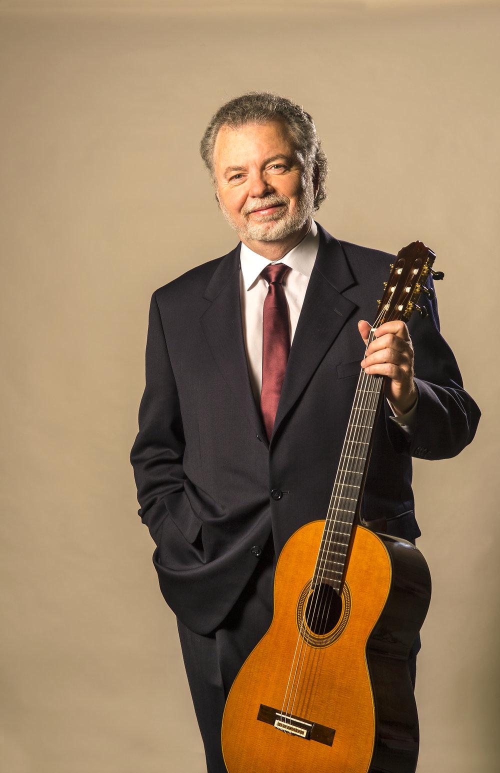 Manuel Barrueco, guitar