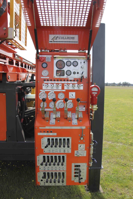 12D drilling rig_2.jpg