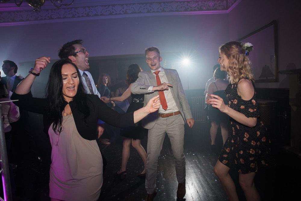 Cardiff Wedding Photographer Blog 20.05.2017-87.jpg