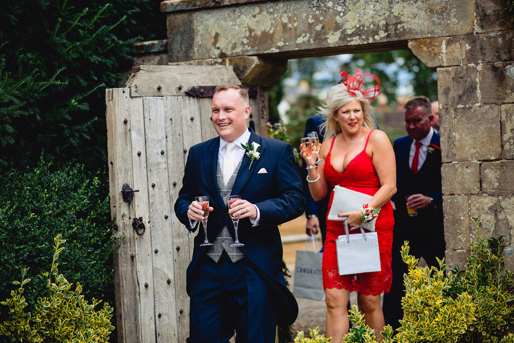 cardiff-wedding-photographer-coombe-abbey-28.07.2018-63.jpg