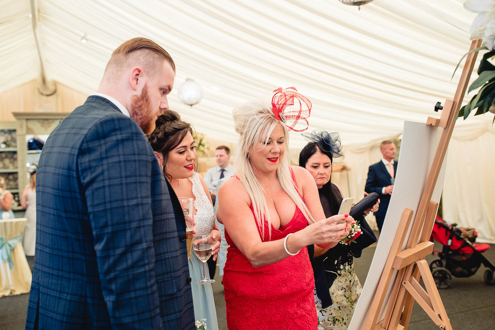 cardiff-wedding-photographer-coombe-abbey-28.07.2018-102.jpg