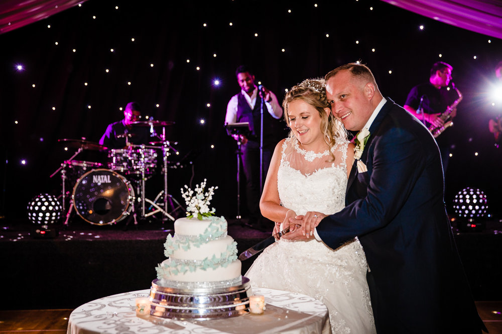 cardiff-wedding-photographer-coombe-abbey-28.07.2018-137.jpg