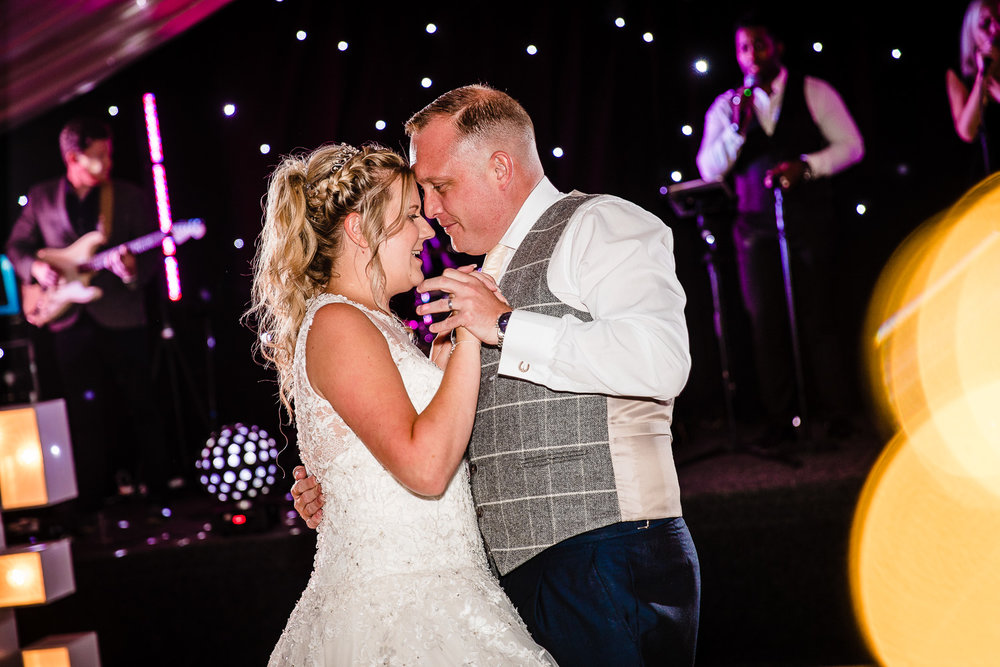 cardiff-wedding-photographer-coombe-abbey-28.07.2018-150.jpg