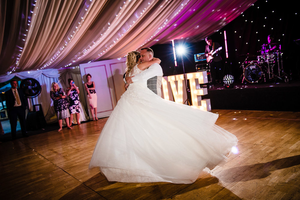 cardiff-wedding-photographer-coombe-abbey-28.07.2018-152.jpg
