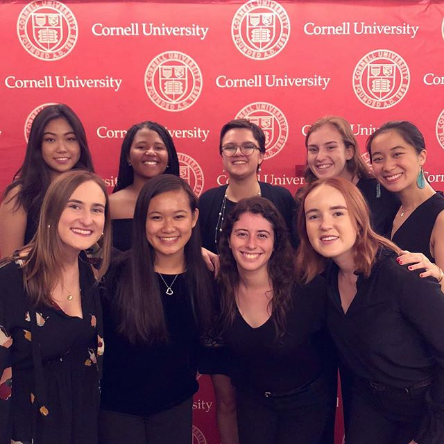 We had a blast performing at the reunions kick-off!🐻❤️ #LGR