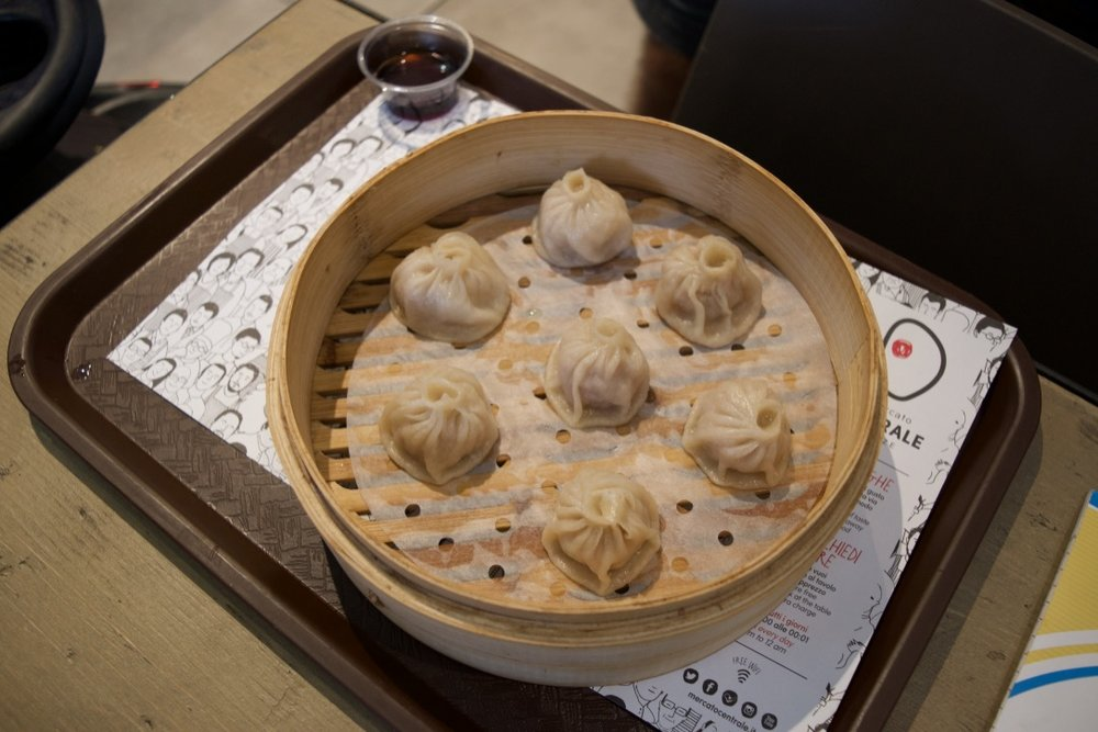 Chinese dumplings form mercato centrale florence.jpg