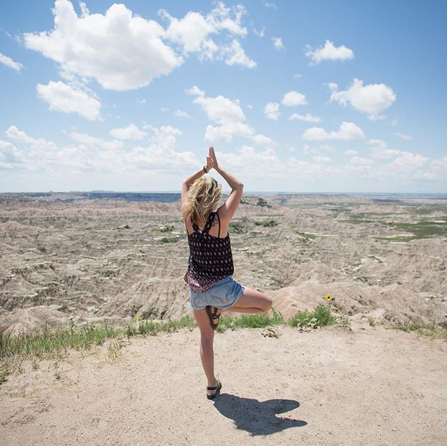Breathing into the Spirit of nature.  #yogaeverywhere #soulful energyhealing #meditationtime #naturelovers #roadtrips #namaste🙏 #earthairfirewater #reikimaster #lifecoach #inhaleexhale #holistichealing #mankatomn #breathetaking #peace #naturespirits