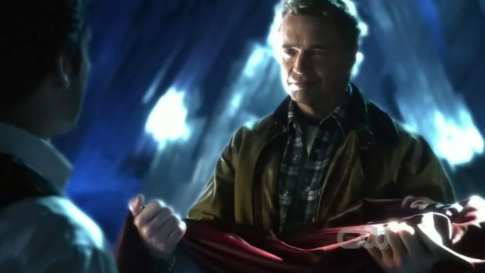 John Schneider as Jonathan Kent hands Clark the Superman suit in the series finale. (AKA, all the feels...ALL of them!)