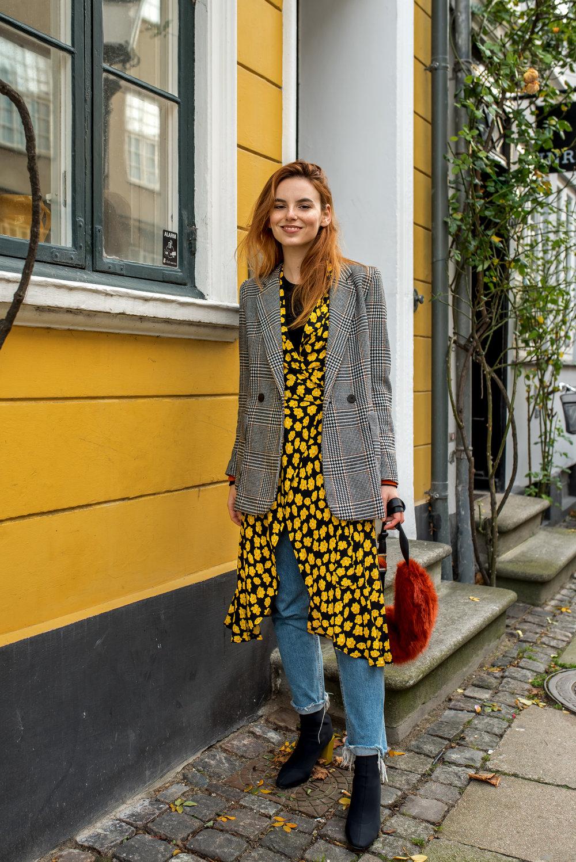 Ganni dress // H&M blazer, top, jeans // Mango boots // Baum und Pferdgarten bag