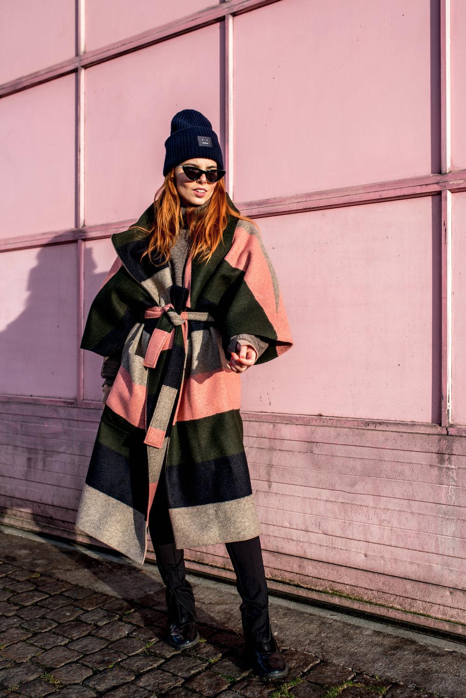Henrik Vibskov coat // Acne hat // Le Specs sunnies