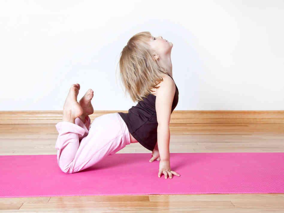 yom - yoga for kids & music - Le lezioni di Yoga for Kids & Music, con metodo Balyayoga, coinvolgono mente e corpo del bambino. Il corso offre attraverso lo yoga e la musica l'opportunità di migliorare la consapevolezza corporea, di prendere padronanza con le emozioni e offre ai bambini i mezzi per scaricare lo stress. Alla fine del modulo ci sarà una lezione aperta con i genitori e...una sorpresa!LA MUSICA CI INSEGNA LA COSA PIU' IMPORTANTE CHE ESISTA:ASCOLTARE. (E. BOSSO)