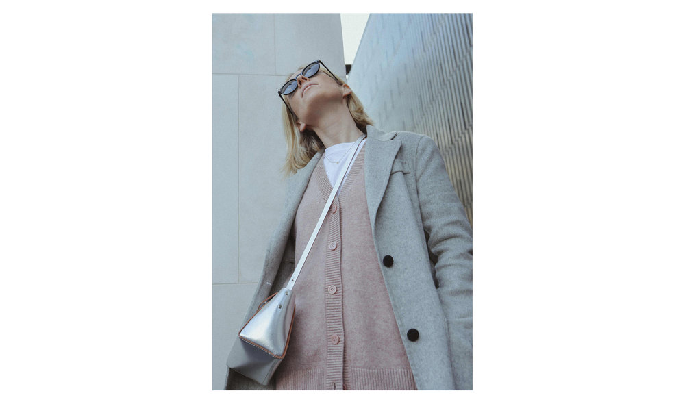 Grey+pink-10.jpg