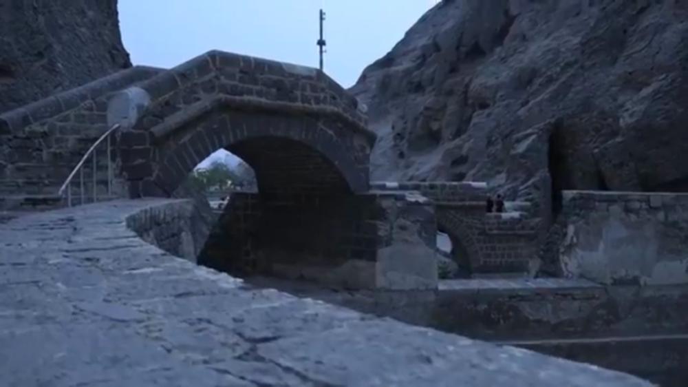 لقطة من الفيديو السادس