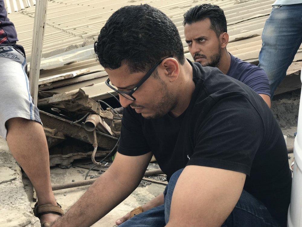 عمرو جمال (المخرج) في لقطة من خلف الكواليس. الصورة بإذن من إسماعيل سليم إسماعيل
