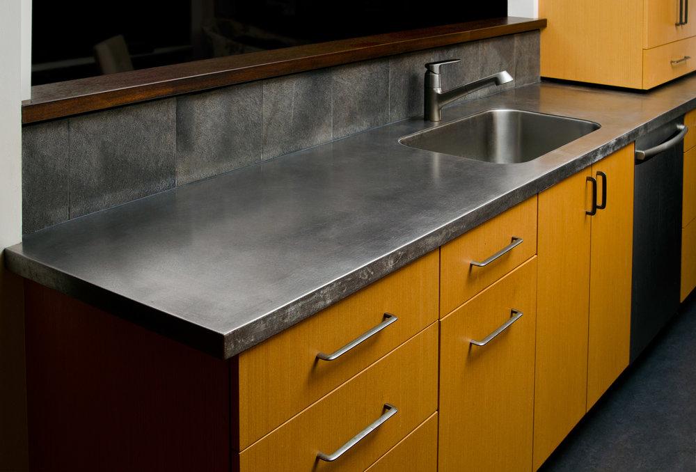 hess metal counter.jpg