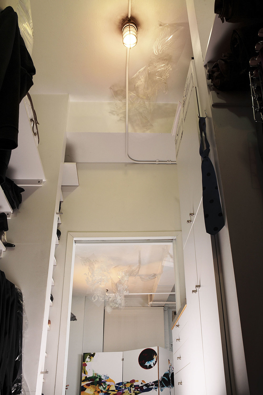 closet_ful_lght_flt.jpg