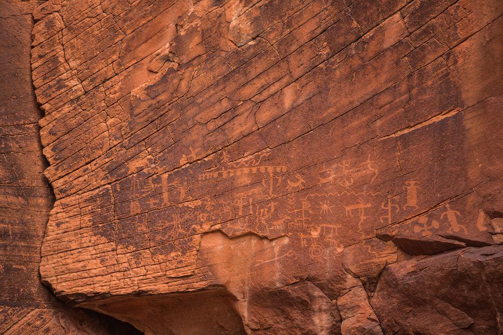 Petroglyphs_Close.jpg