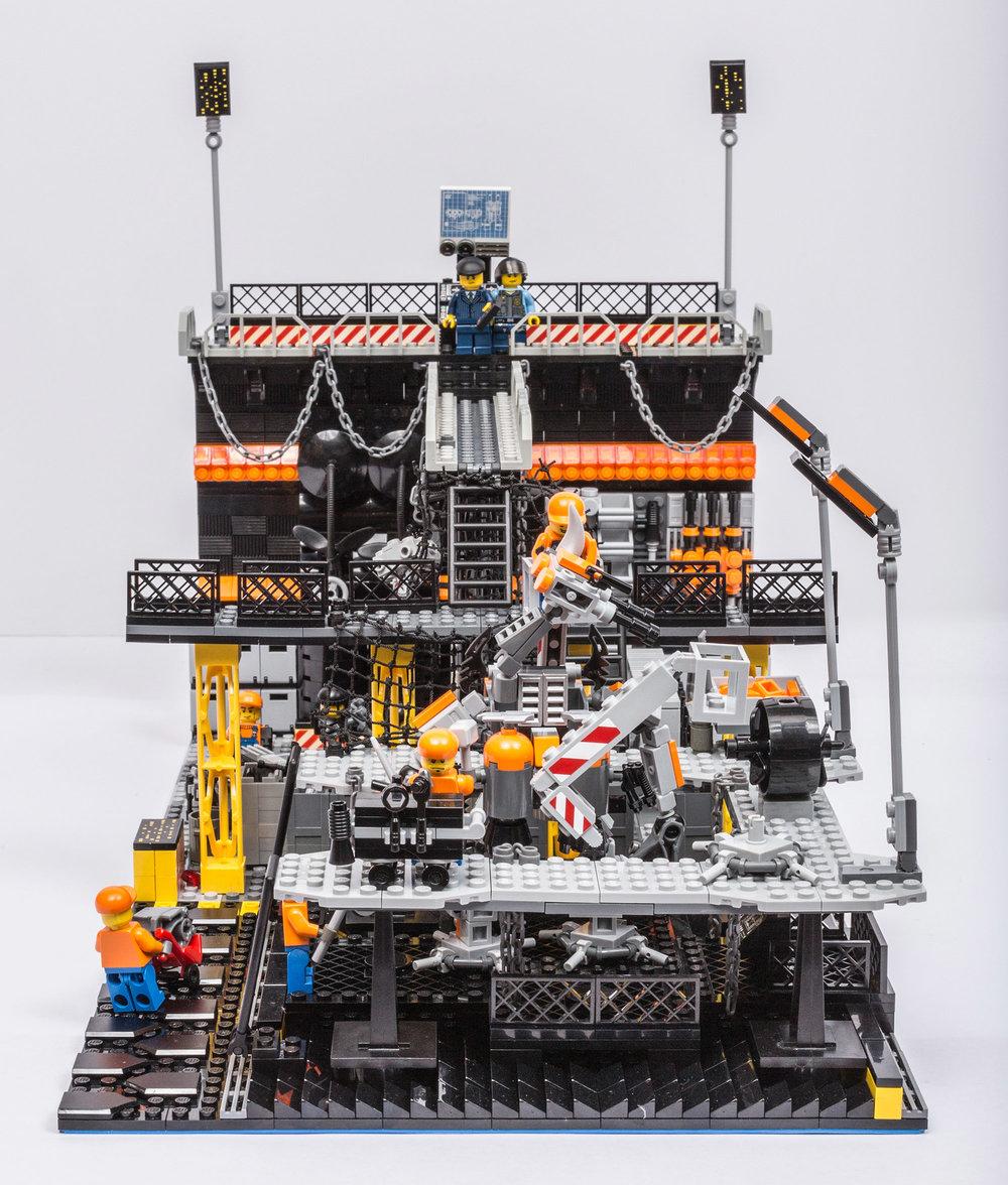 1018_LegoMOC_ThundersuitLaunchbay-7663.jpg