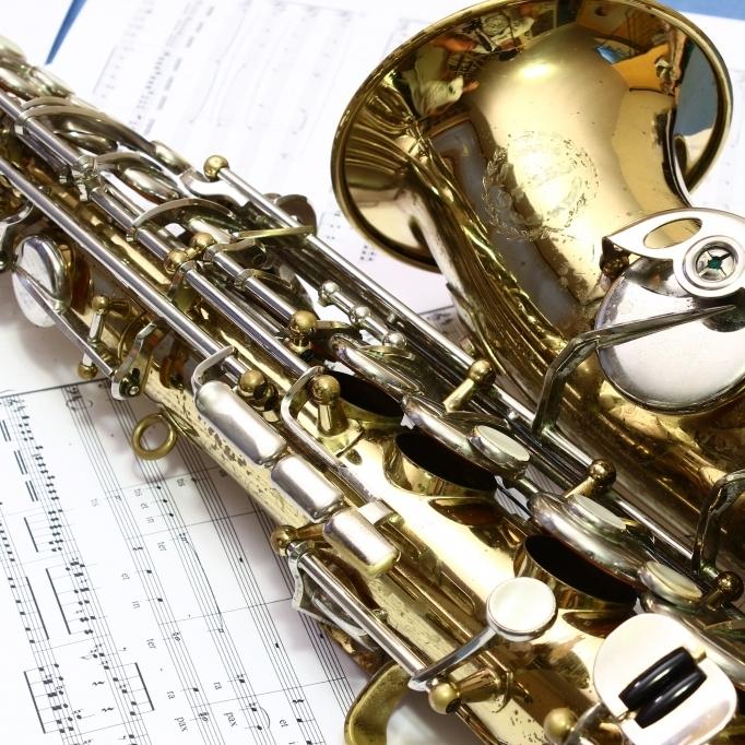 Isaac teaches alto, tenor, soprano and bari sax.