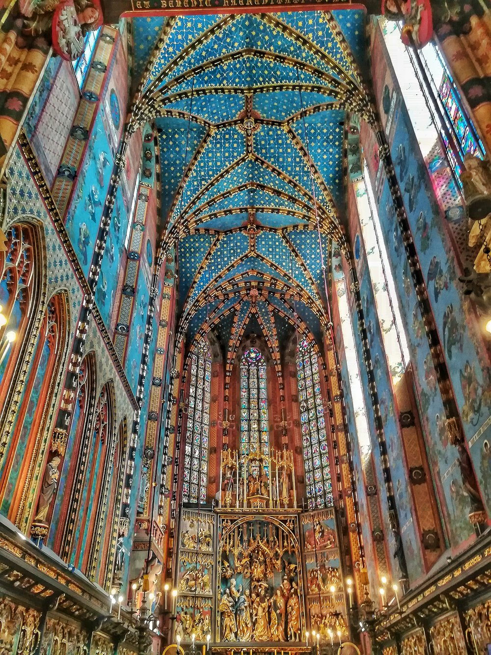 The all impressive st. Mary's basilica!