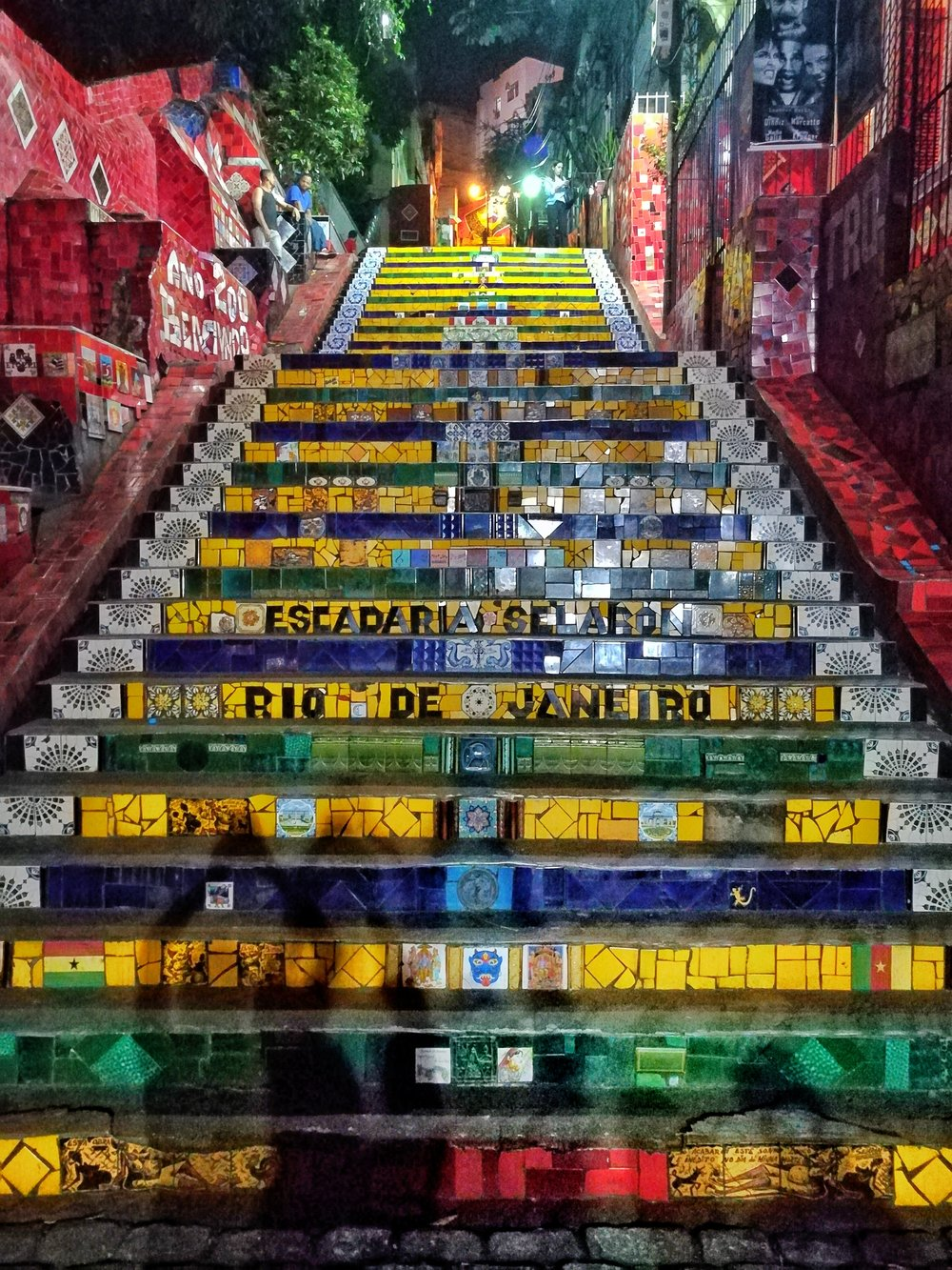 The work of Chilean-born artist Jorge Selarón in 1990. 215 steps, 2000 tiles, all beauty