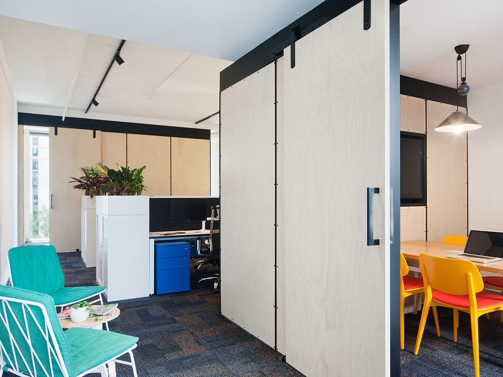 Molecule_Interior_Workplace_Docklands_Melbourne_Pekada_1.jpg