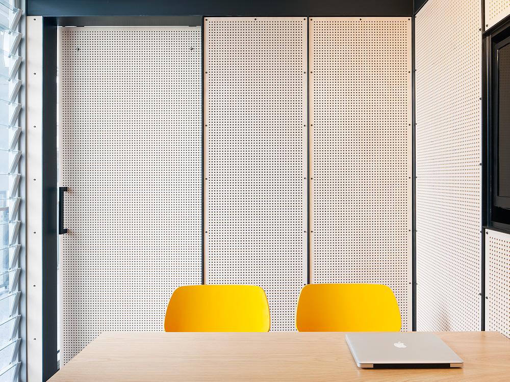 Molecule_Interior_Workplace_Docklands_Melbourne_Pekada_2.jpg