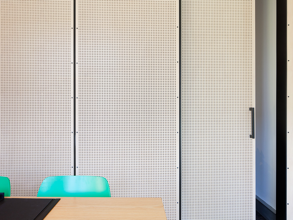Molecule_Interior_Workplace_Docklands_Melbourne_Pekada_5.jpg