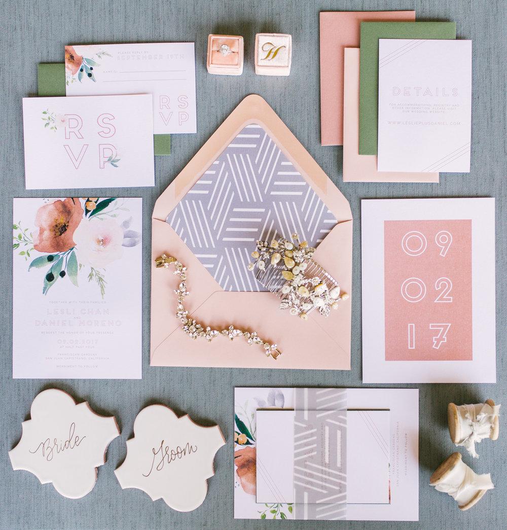 Mod Floral Suite
