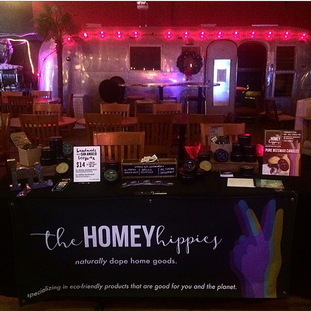 Thank you to everyone who came out last night, sampled, or made a purchase! #thehouseoffifidubois is a dope venue 👌🏽 and how cool was it to have all those #womanowned businesses in the house! We did the damn thing, ladies. We'll be back for another round DECEMBER 16 🍻🎁#naturallydope #peaceloungefifi oh, and I found #mj at the bar 🕴🏽✨